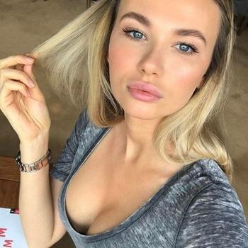 Yade, Vrouw, 25 uit Zuid-Holland