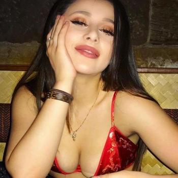 seks date met Brinda, Vrouw, 22 uit Drenthe