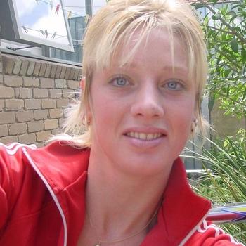 vreemdgaan met MaritaHier, Vrouw, 25 uit Friesland