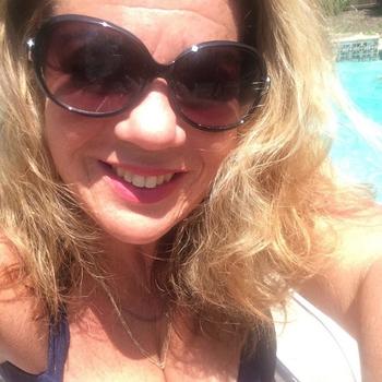 Seksdate met VriendjesWorden, Vrouw, 46 uit Luik