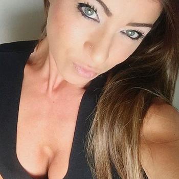 sex met Sannetje, Vrouw, 26 uit Noord-Brabant