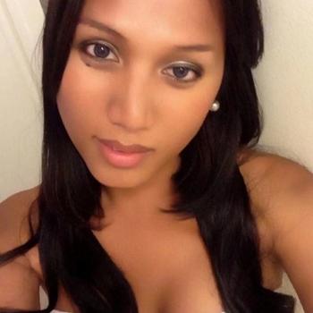 vreemdgaan met Oliva, Vrouw, 30 uit Antwerpen