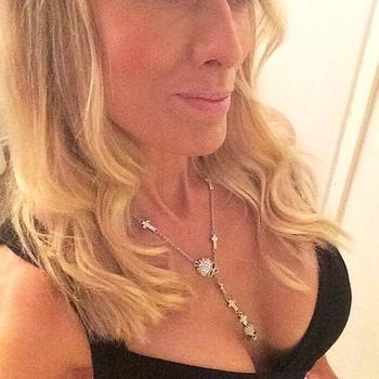 vreemdgaan met Ladylynn, Vrouw, 44 uit West-vlaanderen