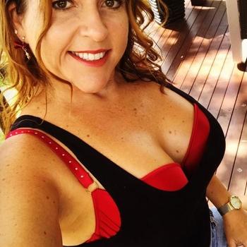 sex afspraak met Quionas, Vrouw, 42 uit Oost-vlaanderen