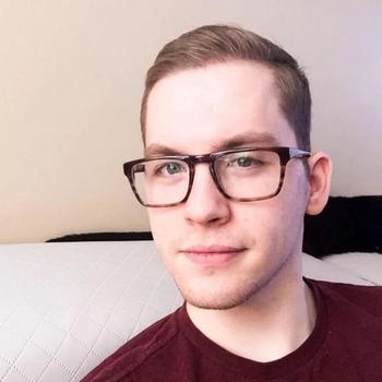 Gay Bjorn2 zoekt sex
