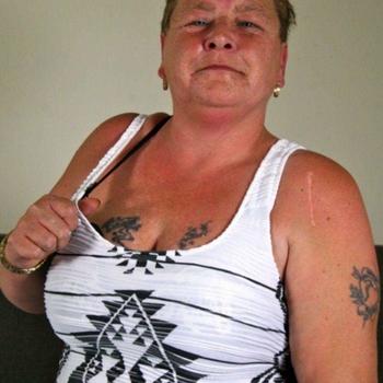seksdate met Hoture, Vrouw, 61 uit Noord-Holland