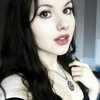 Sex contakt met DarkAngelita, Vrouw, 20 uit Flevoland