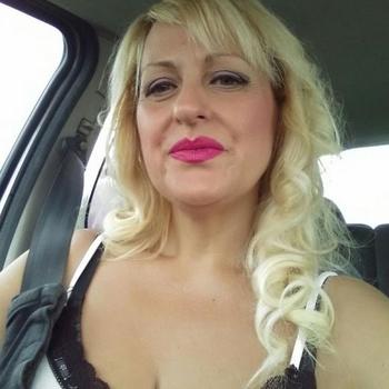 flirt met Manjana, Vrouw, 43 uit Gelderland
