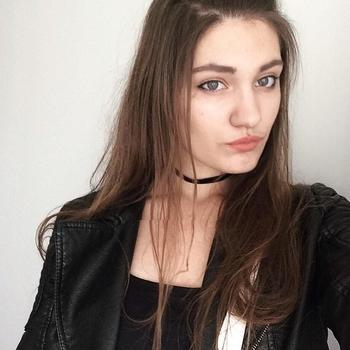 seksafspraak met Lana, Vrouw, 27 uit Waals-Brabant
