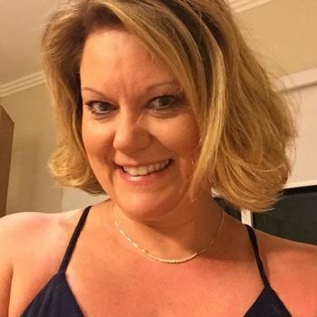 Seksdate met treintje, Vrouw, 53 uit Flevoland