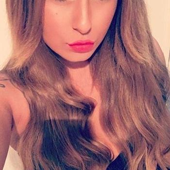 neuk date met Prettylittlegirl, Vrouw, 25 uit Friesland