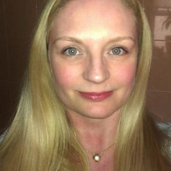 Vrouw zoekt sexdate liastout, Vrouw, 46 uit Oost-vlaanderen