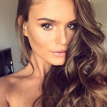 flirt met Krullendhaar, Vrouw, 21 uit Drenthe