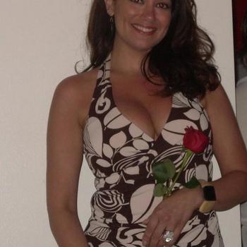 sex afspraak met chantal99, Vrouw, 43 uit Overijssel