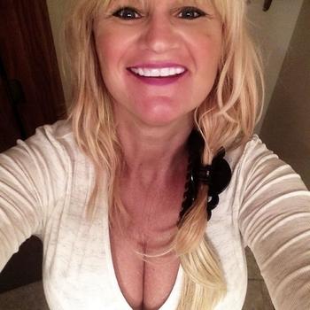 Hotel Sex contakt met pauula, Vrouw, 54 uit Flevoland