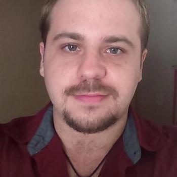 Gay Daansingle zoekt een sexcontact