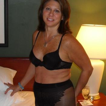 Sandrara, Vrouw, 54 uit Groningen