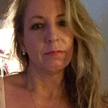 Maaiksap, Vrouw, 47 uit Zuid-Holland