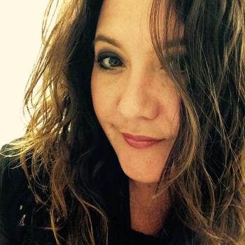 neukdate met lonelyone, Vrouw, 42 uit Zuid-Holland