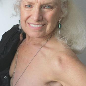 Sexdate met Geraldolien, Vrouw, 67 uit Noord-Holland