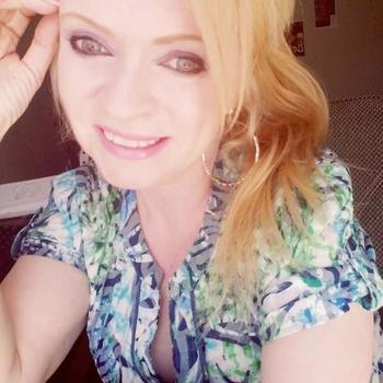 _Blond_, Vrouw, 52 uit Utrecht