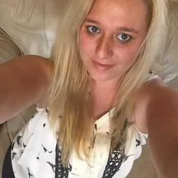 Hotel Seks date met Samanthat, Vrouw, 32 uit Overijssel