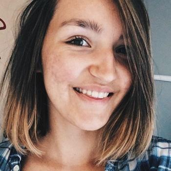 LouiseXX, Vrouw, 19 uit Gelderland