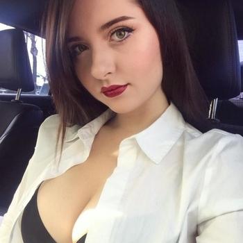 Ylou, Vrouw, 21 uit Overijssel