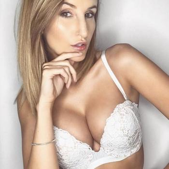 Sexdate met Proud2Bstout2, Vrouw, 23 uit Waals-Brabant