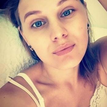 Prive seks contakt met KarlaBCUP, Vrouw, 20 uit Overijssel