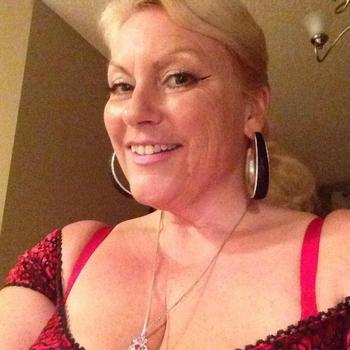 sexdate met Avera, Vrouw, 56 uit Noord-Holland