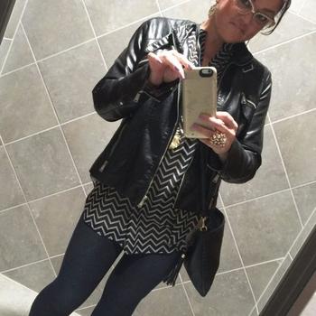 Seks dating contact met Laaris321, Vrouw, 46 uit Oost-vlaanderen