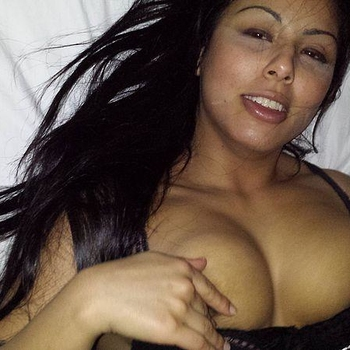 sex date met Miakeee, Vrouw, 35 uit Vlaams-Limburg