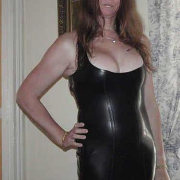 Vrouw 45 jaar zoekt kinky date