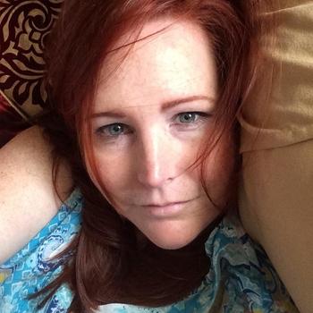 seksdate met kleurloos, Vrouw, 49 uit Groningen