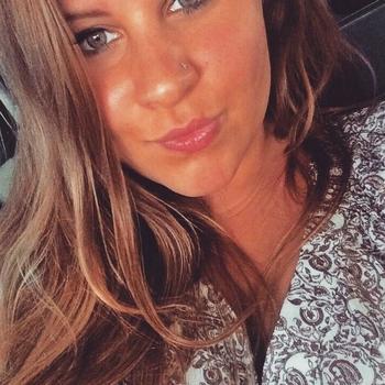 YaaYaaa, vrouw 24 jaar zoekt date in Noord-Holland