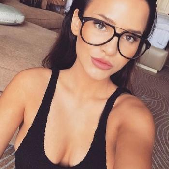 Sexdate met Mapaaa - Vrouw (23) zoekt man Het Brussels Hoofdst