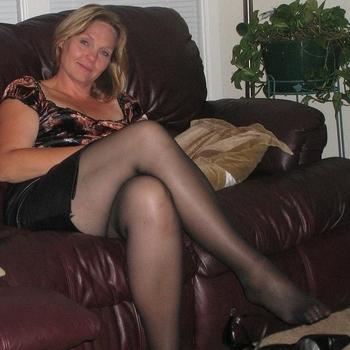 45 jarige vrouw zoekt man in Gelderland