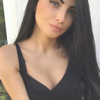 neukdate met Amourle, Vrouw, 23 uit Vlaams-brabant