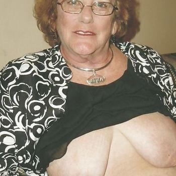 Seks dating contact met Ankkie, Vrouw, 68 uit Gelderland