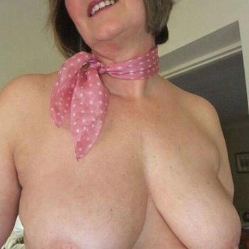 seks date met Juliee, Vrouw, 60 uit Friesland