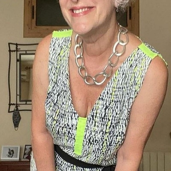 sex date met Reislustigtypetje, Vrouw, 64 uit Groningen