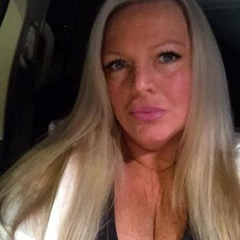 Lekkerbekkie, vrouw (50 jaar) wilt contact in Overijssel