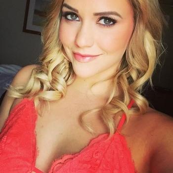 sexdating met Yrana, Vrouw, 28 uit Zuid-Holland