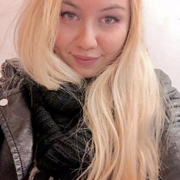 26 jarige vrouw zoekt date
