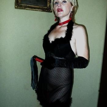 Mrs_Annelies, 39 jarige vrouw zoekt sex in Noord-Holland