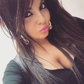 Sharita, Vrouw, 21 uit Limburg
