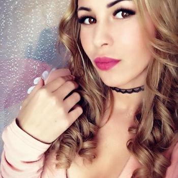 sexdate met Alendria, Vrouw, 23 uit Utrecht