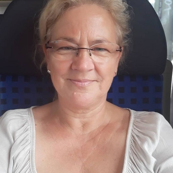 sexdating met Kiekeloe, Vrouw, 63 uit Vlaams-Limburg