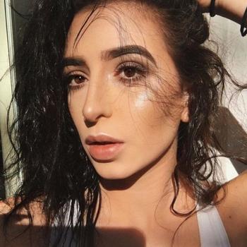 Prive sex contakt met Felic, Vrouw, 25 uit Overijssel